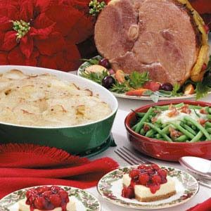 Traditional christmas dinner with ham - Food Friday Recipes