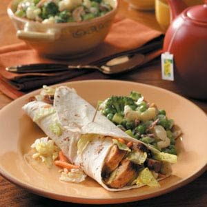 Flavorful Turkey Wraps Meal
