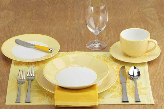 How to set a table taste of home for Table insert th
