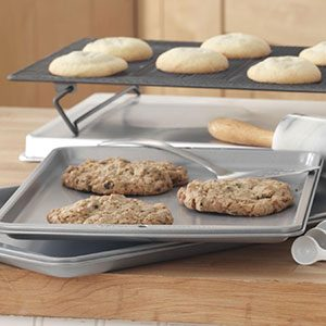 Tip: Freezing Baked Cookies